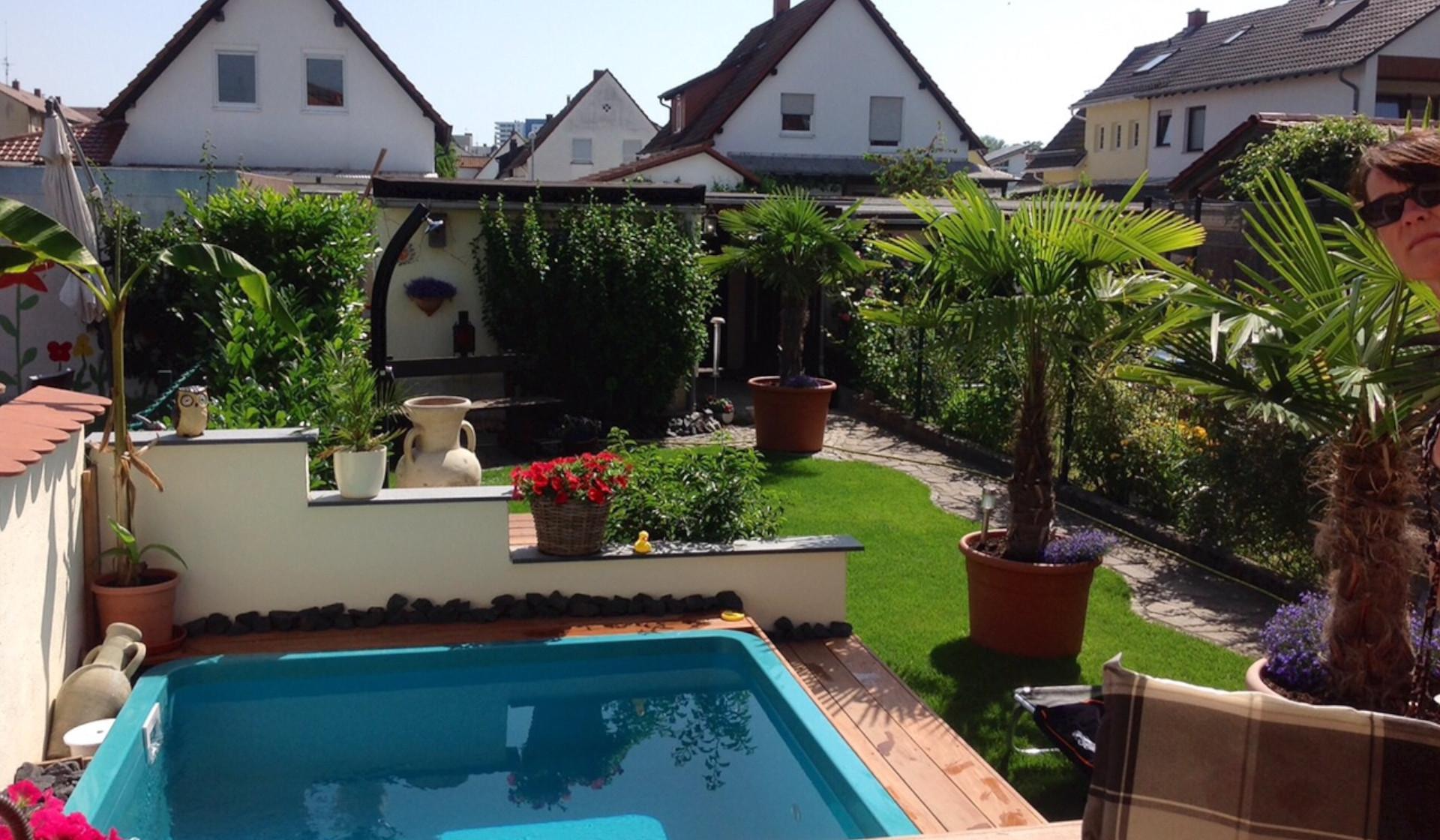Gartenpool aus kunststoff for Gartenpool rechteckig